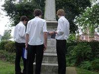 Students from Portsmouth Grammar School studying a local war memorial © S Lemieux, 2012